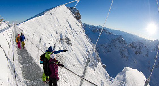 cliff-walk_titlis1@2x