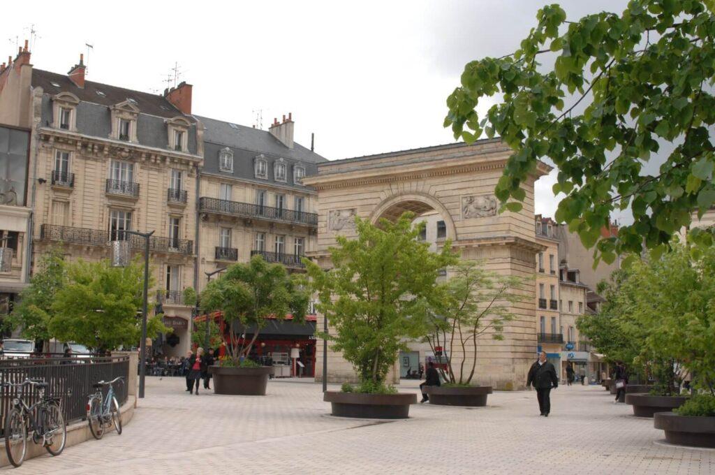 20160513_Burgundy_0174