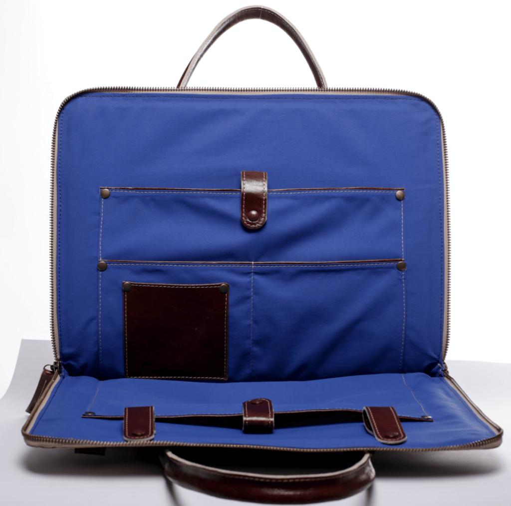 High_resolution_laptop_inside_blue
