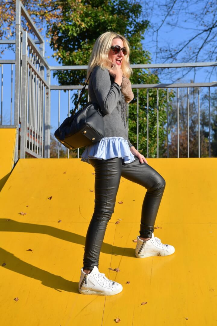 How to Style a Comfy Shopping Outfit