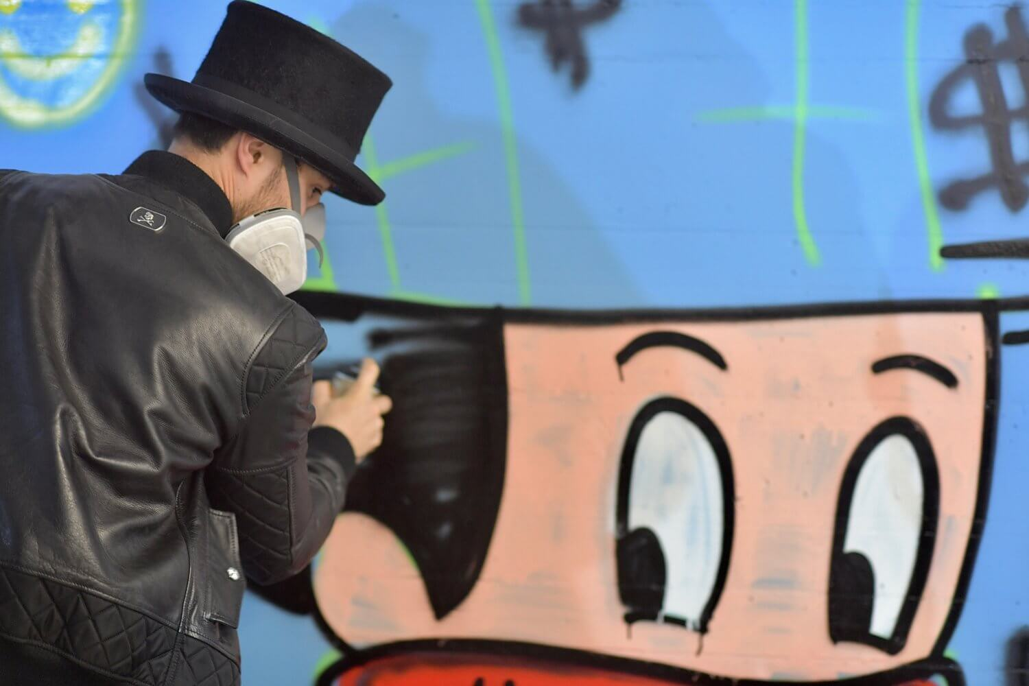 Painting with Alec Monopoly at Tag Heuer!