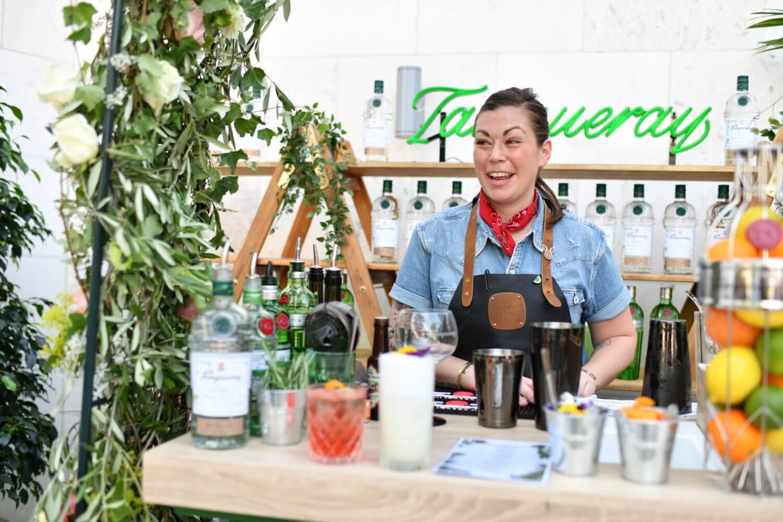 Meeting Kaitlyn Stewart - Best Barkeeper in the World