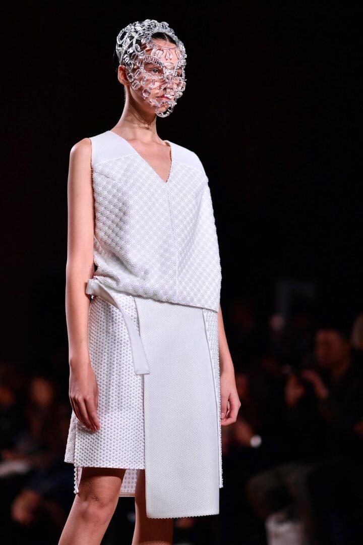 Spring 2019 Paris Fashion Week Runway - Anrealage