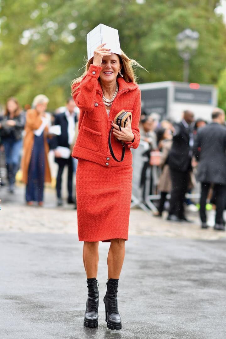 Street Style Outside Chanel - Paris Fashion Week SS20