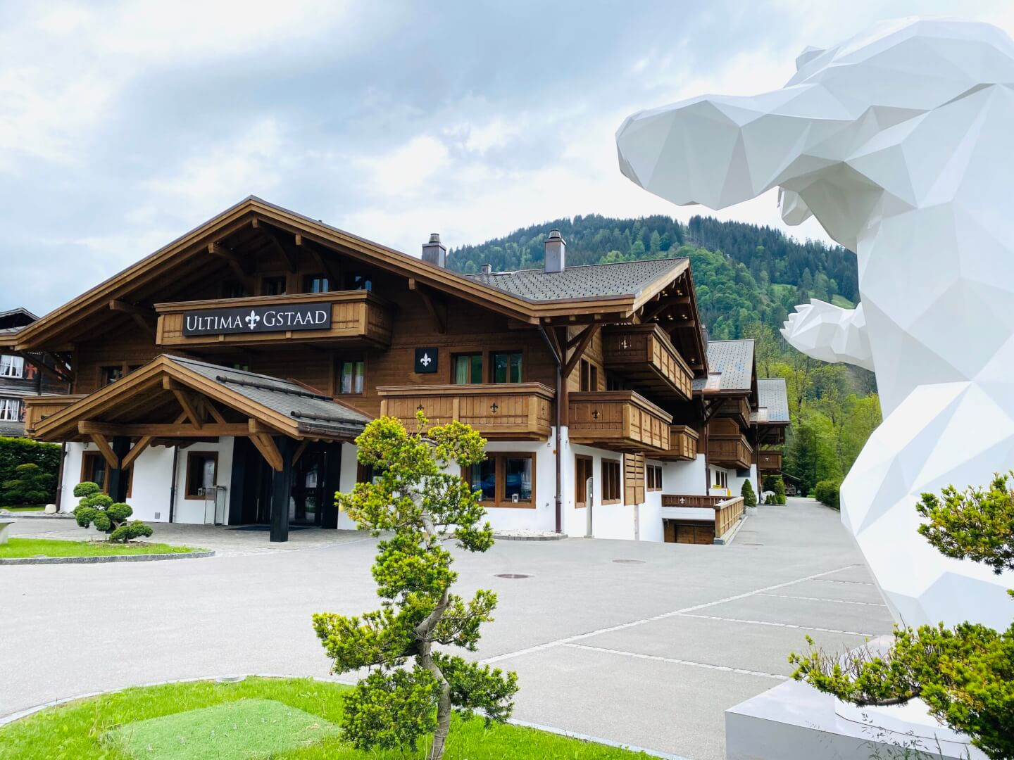 Like a Princess in the Ultima Gstaad
