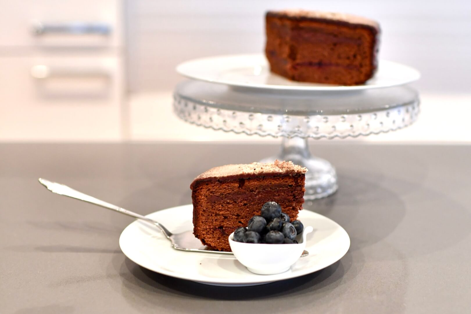 Dreamy Chocolate Cake with Cinnamon and Hazelnuts